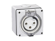 3 Pin 20A 240V Round Pin Fixed Socket