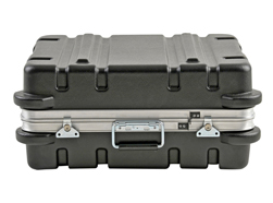 SKB 2218M Hard Case. 559mm x 457mm x 244mm